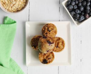 Blueberry Maple Oat Bites #healthysnack #toddlersnack #toddlerfood #babyfood #blw #babyledweaning #instantpot #instantpotbabyfood