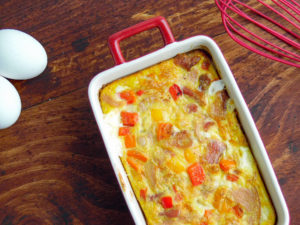 bacon and egg biscuit bake