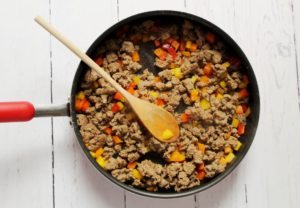 sausage and peppers in skillet 1