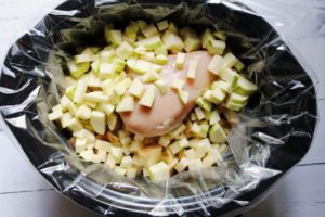 slow cooker with baked potato soup ingredients 1