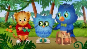 daniel tiger's friends o and x the owl