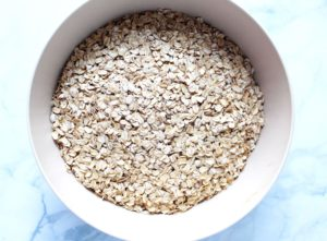 oats in bowl for baked oatmeal 1