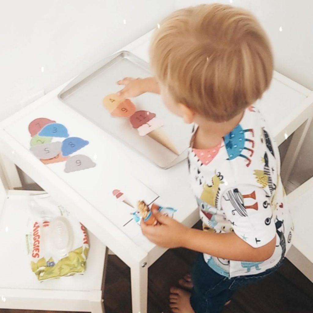 toddler-preschool-activity-ice-cream-magnet-board