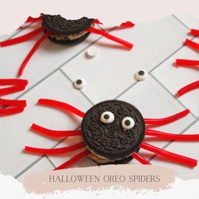 Oreo Spiders - A Fun Halloween Treat!