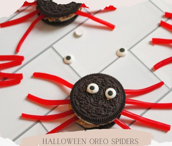Oreo Spiders – A Fun Halloween Treat!